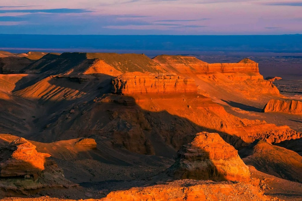 GER to GER GEOtourism Mongolia - Flaming Cliffs